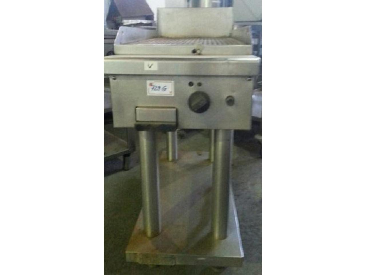 Gratar inox placa striata cu suport, second hand